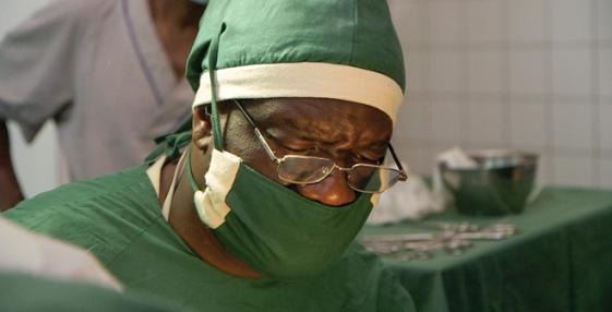 Congo-un-medecin-pour-sauver-les-femmes